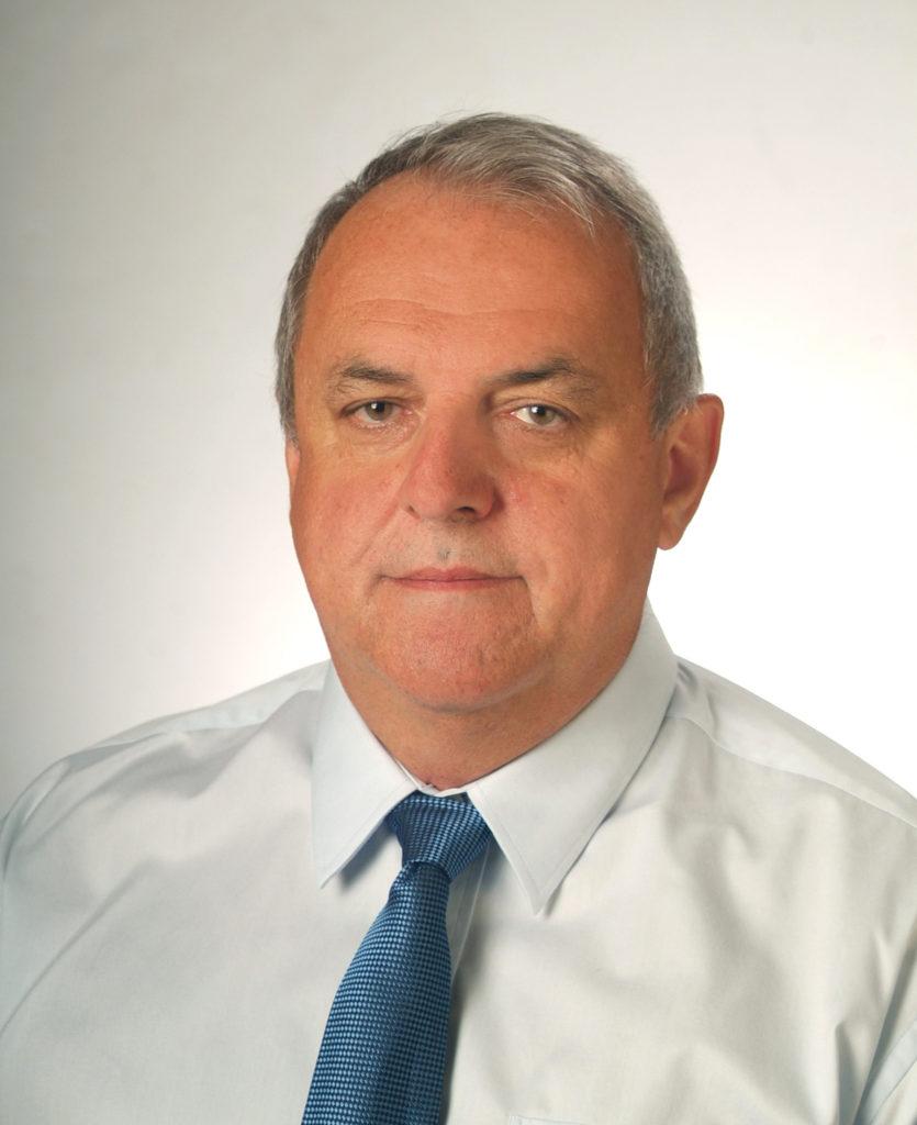 Dr. Maciej Dluski